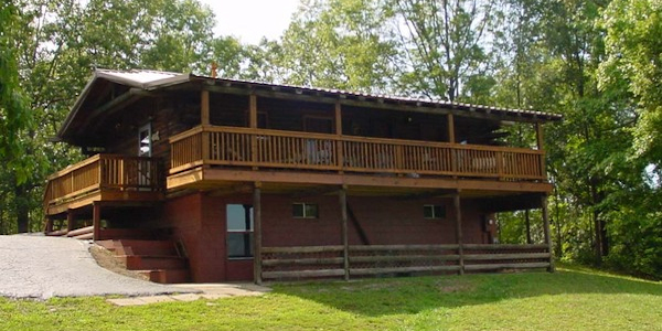 Lake Woods Log Cabin Photo
