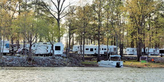 Lakeside Campground & Marina Photo
